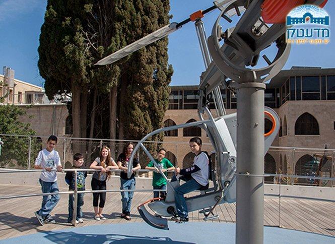 המדעטק בחיפה, כולל התערוכה הקסומה Tubix כניסה ליחיד למוזיאון הלאומי למדע, טכנולוגיה וחלל, כולל מגוון ענק של תערוכות אינטראקטיביות, אפשרות לכרטיס משפחתי!