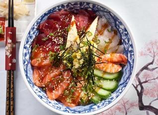 """מסעדת הסושי האיכותית """"אקיקו סושי בר"""""""